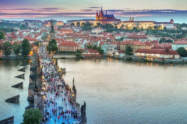 Il Castello di Praga fu costruito intorno all'anno 880 dal principe Bořivoj