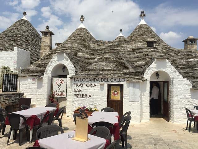 Viaggio alla scoperta dei Trulli presenti in Puglia